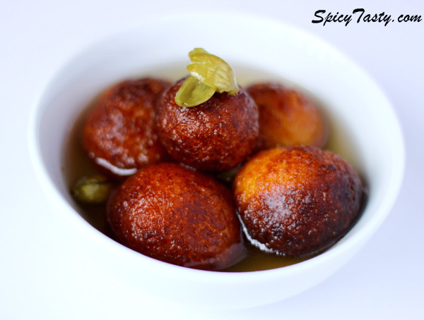 Gulab Jamun Milk Balls In Sugar Syrup Spicy Tasty