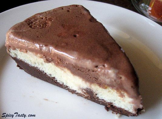 Vanilla Ice Cream Cake Recipe By Sanjeev Kapoor