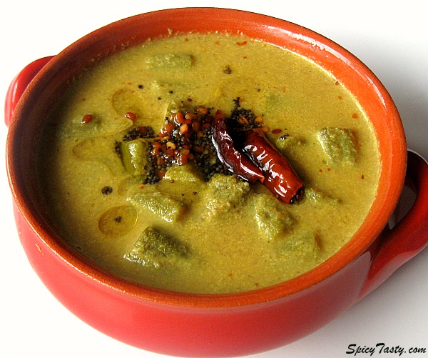 Pulinkari – Spicy Tamarind Sauce with Veggies