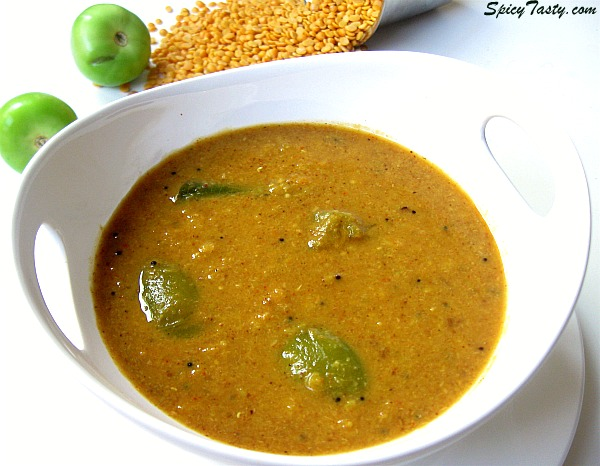 Thakklai kai Pitlai – Thick Lentil Soup with Tomatillo
