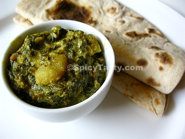 Spinach Saag With Spiced Potato Balls Recipe — Dishmaps