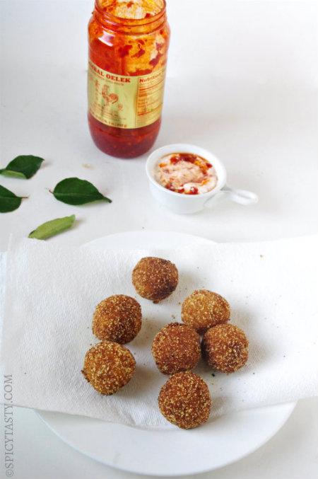 pomoato balls-2 small